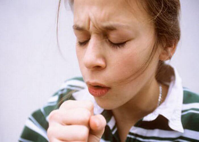 Хрипы в горле при дыхании у ребенка как лечить
