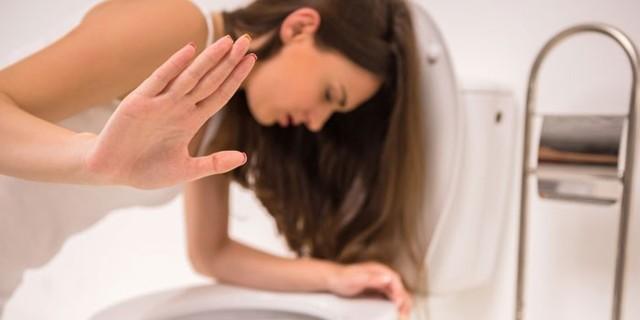 Отёк квинке: симптомы, лечение и причины возникновения