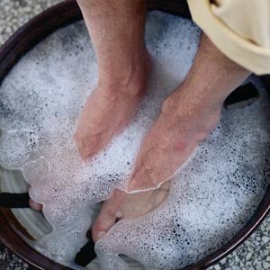 Вросший ноготь на большом пальце ноги лечение в домашних условиях