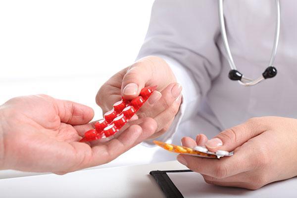 Гиперандрогения у женщин: что это, причины и лечение